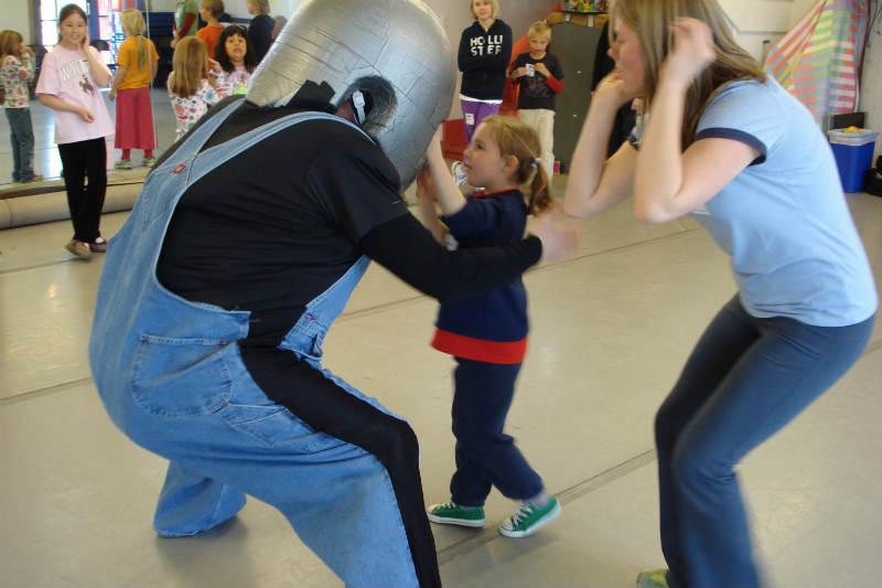 Family Strengths Network :: Children's Safety Workshop